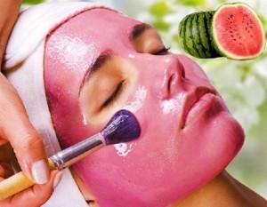 ماسک میوه ای هندوانه جوانسازی پوست