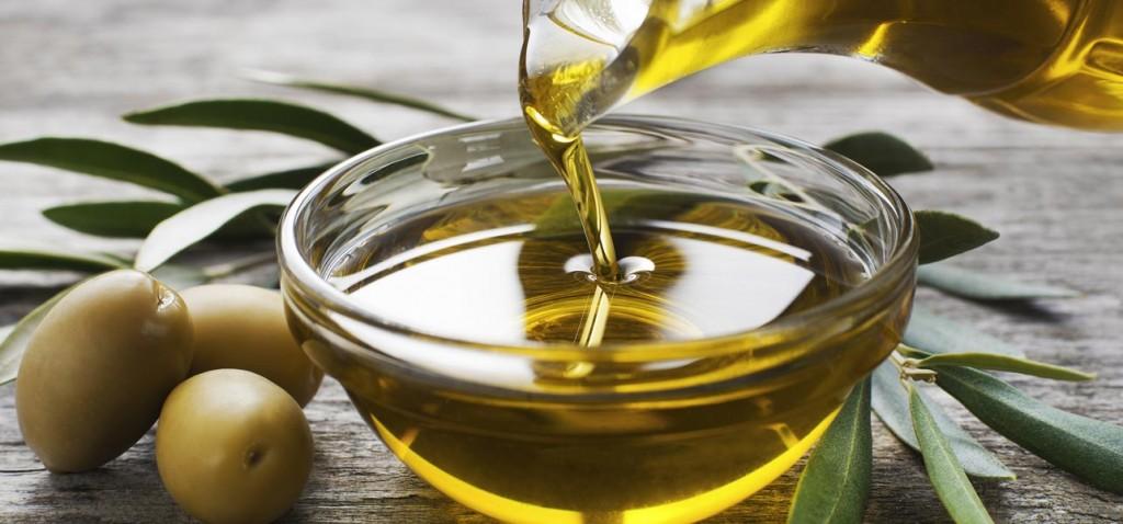خواص روغن زیتون در تقویت پوست ، مو و ناخن
